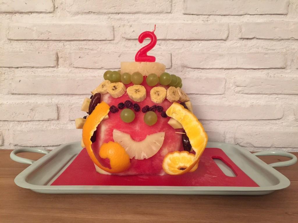 Oui Oui-como hacer tarta solo fruta-sandia (3)