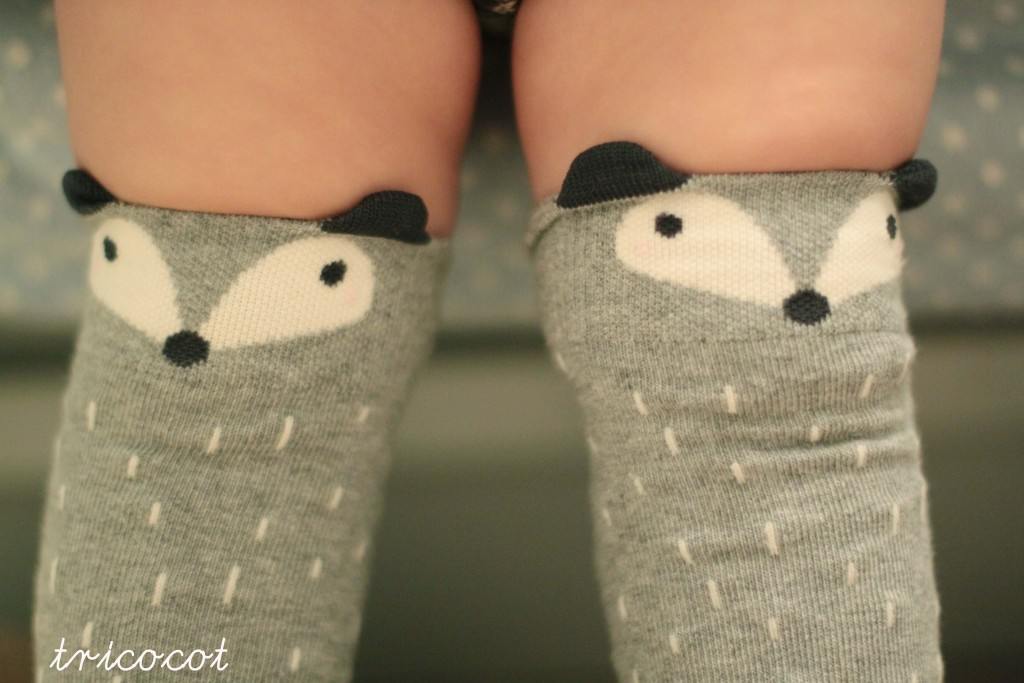 Oui Oui-calcetines zorritos grises-raccoon socks-mini dressing
