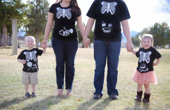 Oui Oui-disfraces originales halloween-disfraz mama y bebe halloween-disfraz embarazada halloween