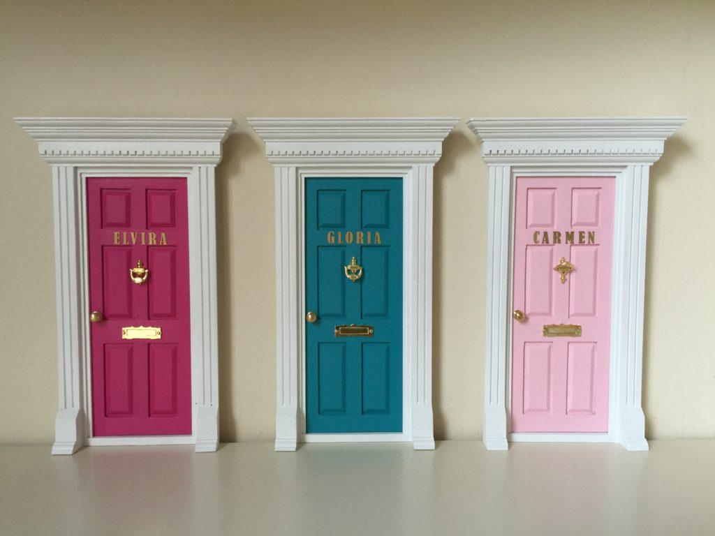 Oui Oui-puerta ratoncito Perez-nombres-inglesa doble color