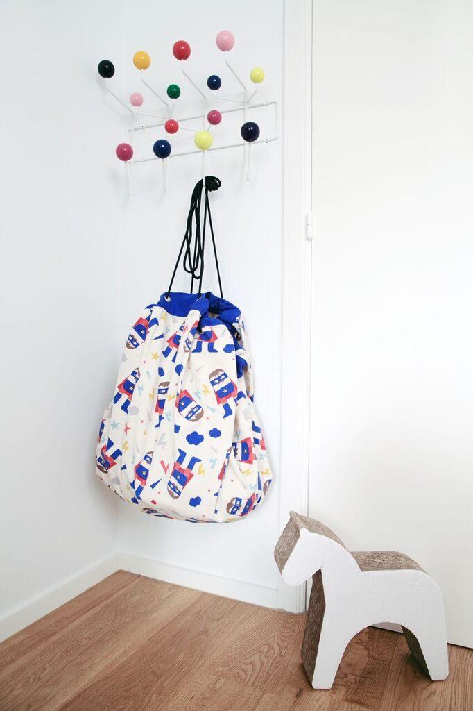 Oui OUi-bolsa alfombra recoge juguetes-superhero-my name is simone-play and go
