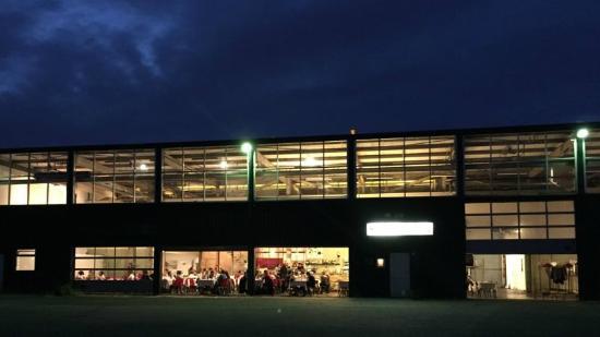 Oui Oui-restaurante taller coches-amsterdam-hotel de goudfazant-cenar amsterdam
