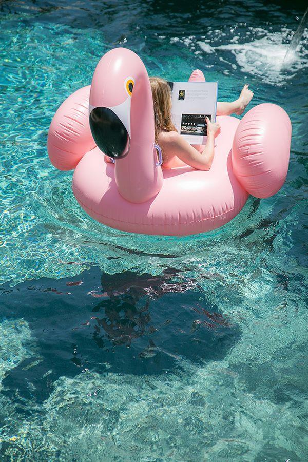 Oui Oui-pool party-flotadores gigantes-flotador pretzel-flotador donut-flotador cisne-flotador flamenco (1)