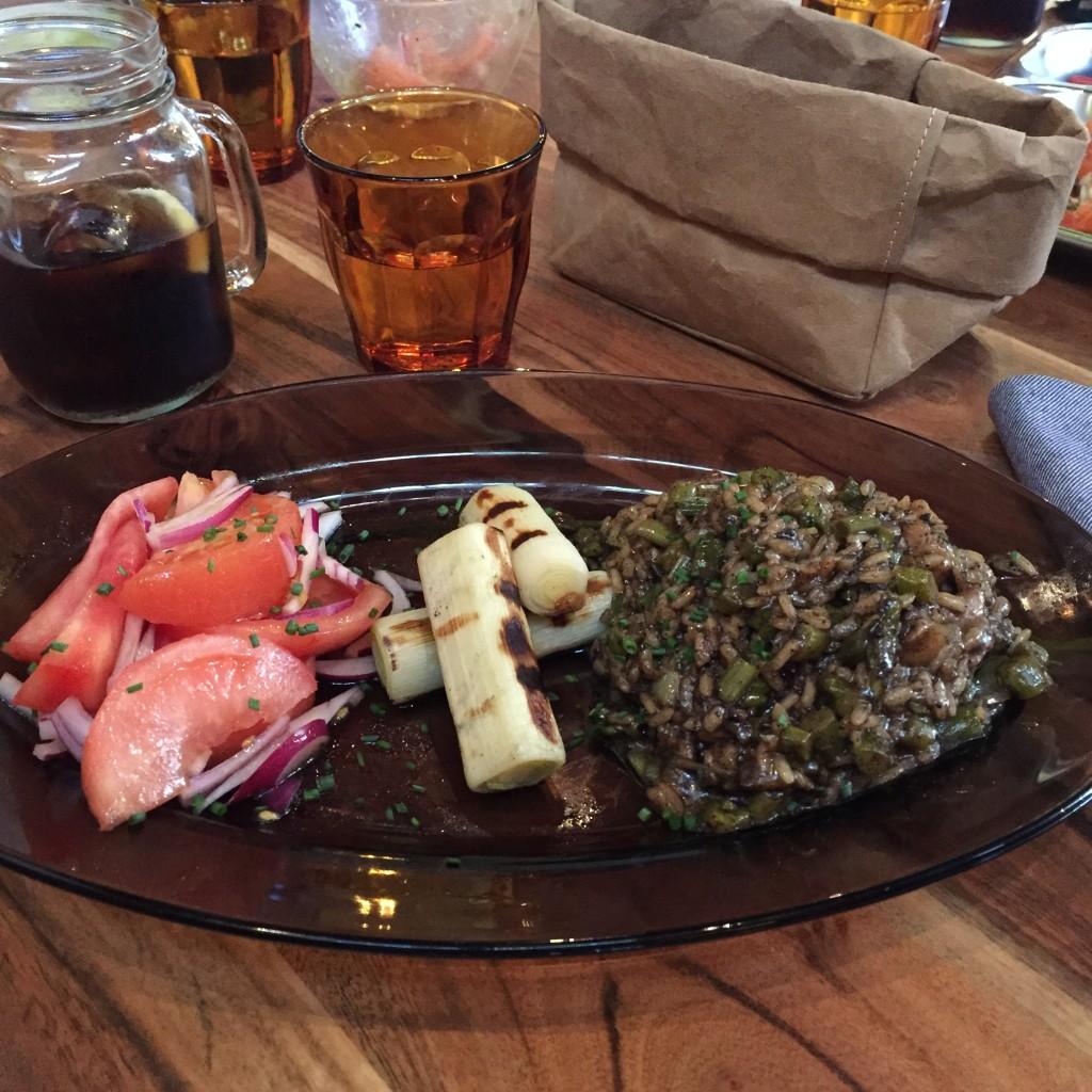 Oui Oui-restaurante platos combinados-LOVNI-arroz con setas
