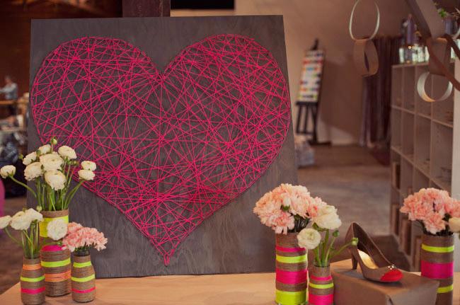 Oui Oui blog-regalo DIY San Valentin-corazon clavos hilo rojo (2)
