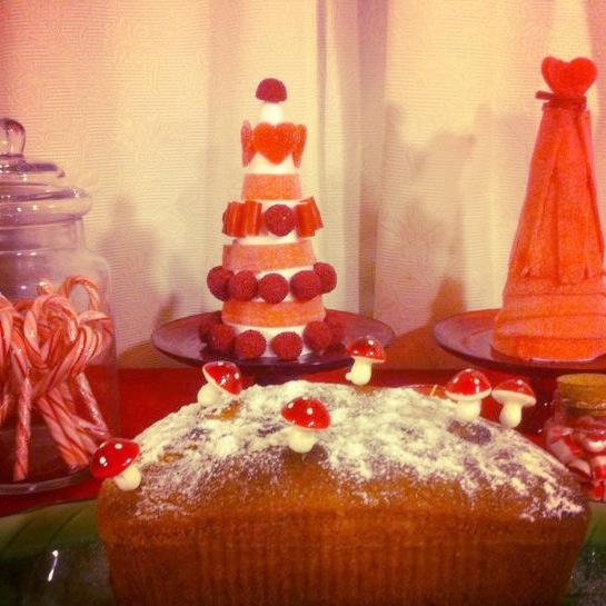Oui Oui-candy bar navideña-mesa dulces navidad-rojos