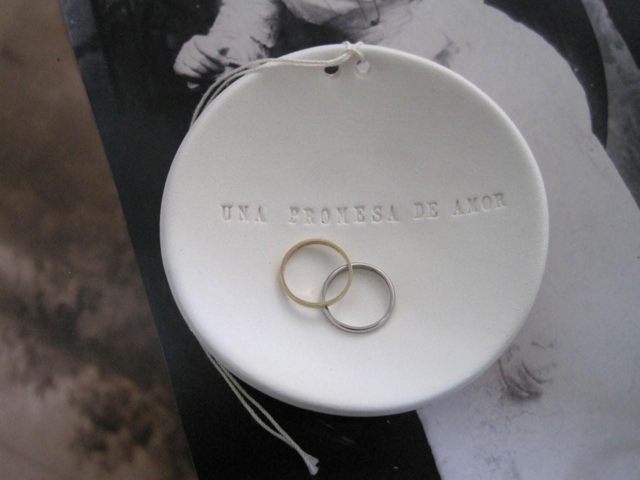 Oui Oui-plato anillos-paloma´s nest-porta anillos-una promesa de amor