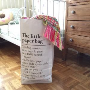 Le petit sac en papier