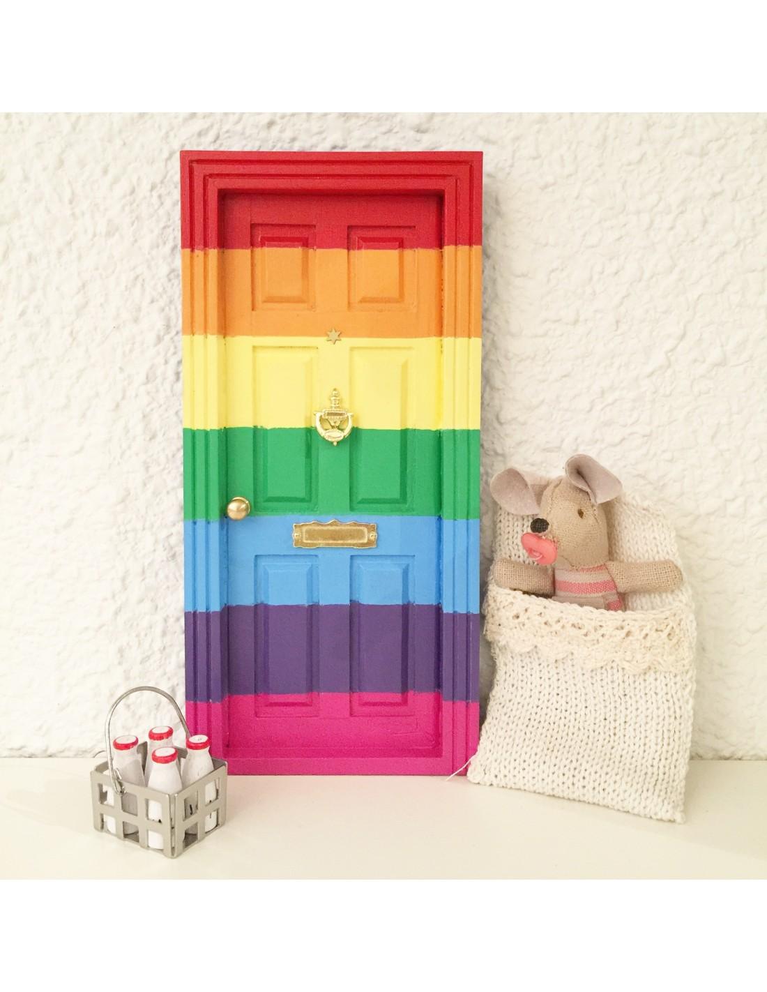 Puerta ratoncito p rez arcoiris oui oui for Puerta raton perez