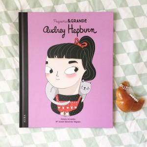 Pequeña y Grande Audrey Hepburn