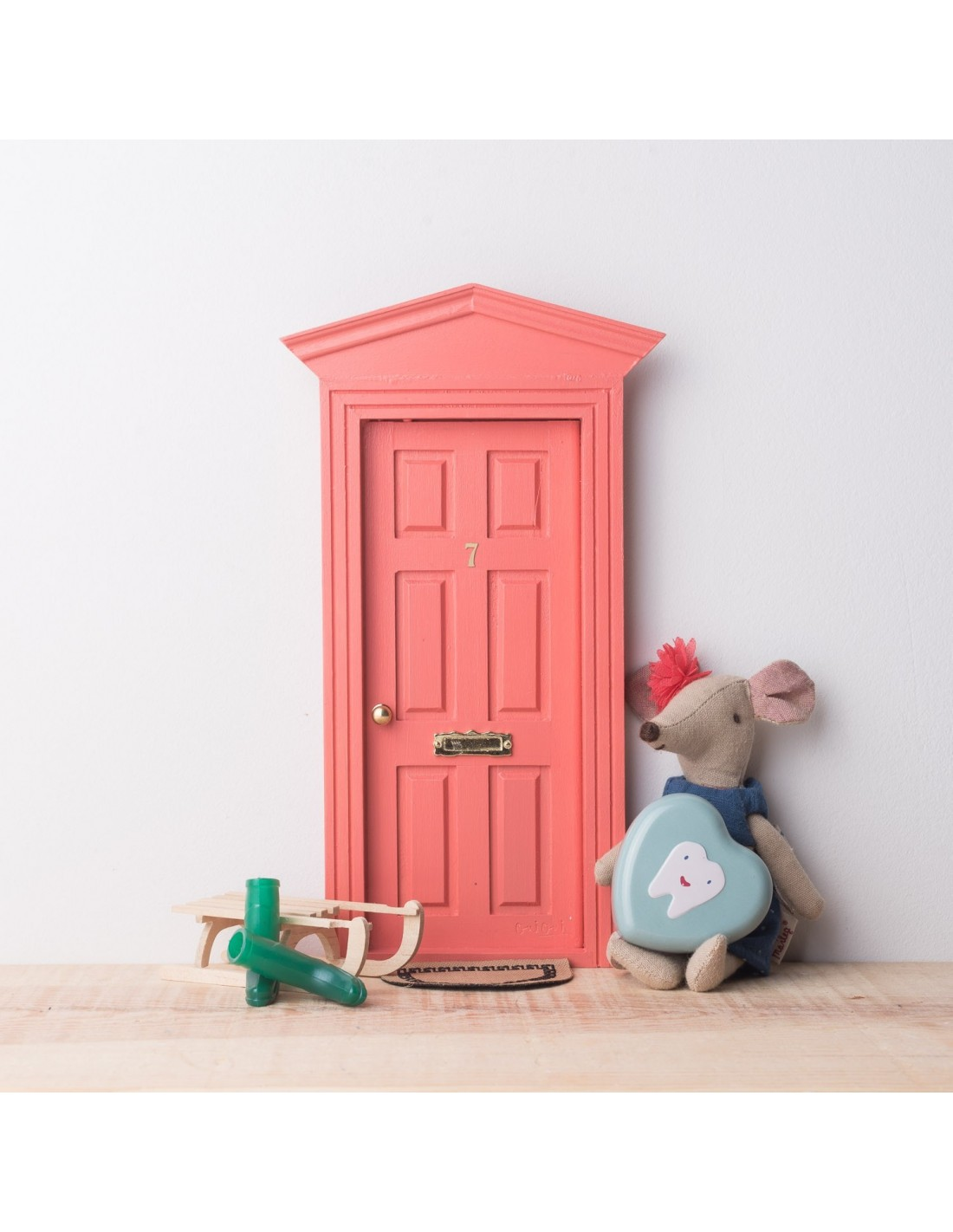 puerta ratoncito p rez victoriana oui oui