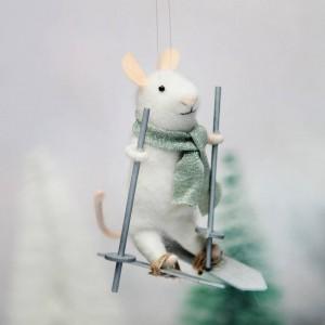 Ratoncito esquiador