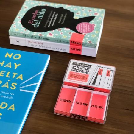 Pegatinas No pierdas tus Libros