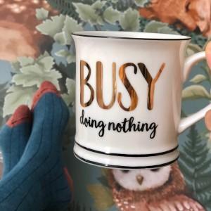Taza ocupado no haciendo nada