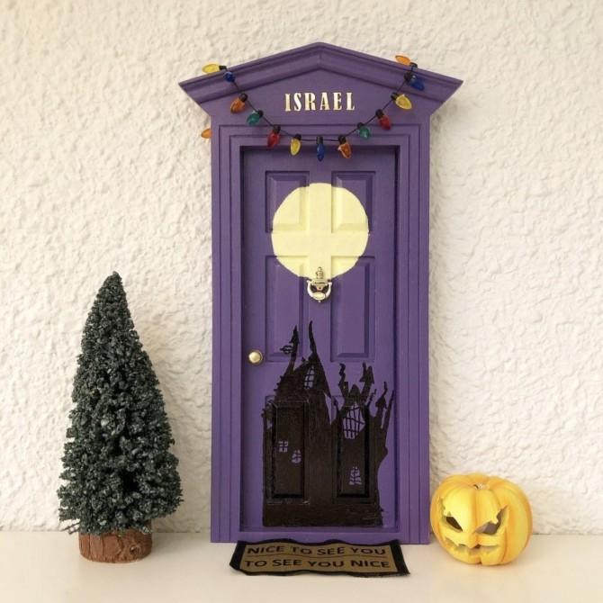 Puerta del ratoncito Pérez inspirada en Pesadilla antes de Navidad