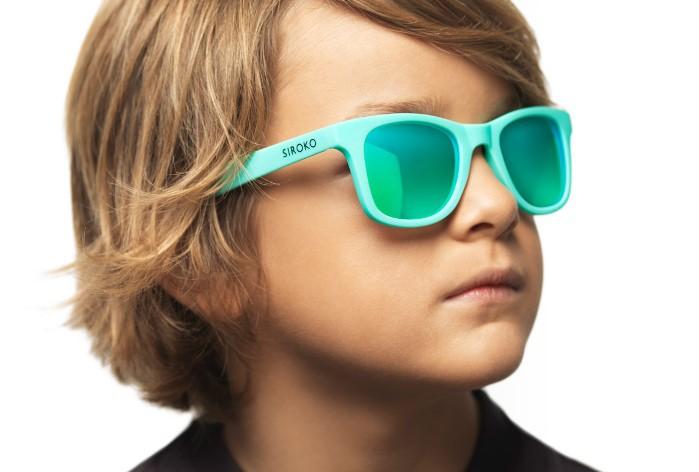 f31ea3489 Me han encantado sus gafas de sol, especialmente las gafas de sol para niños,  a Martín le molesta bastante el sol desde pequeño y es un tema con el que  ...